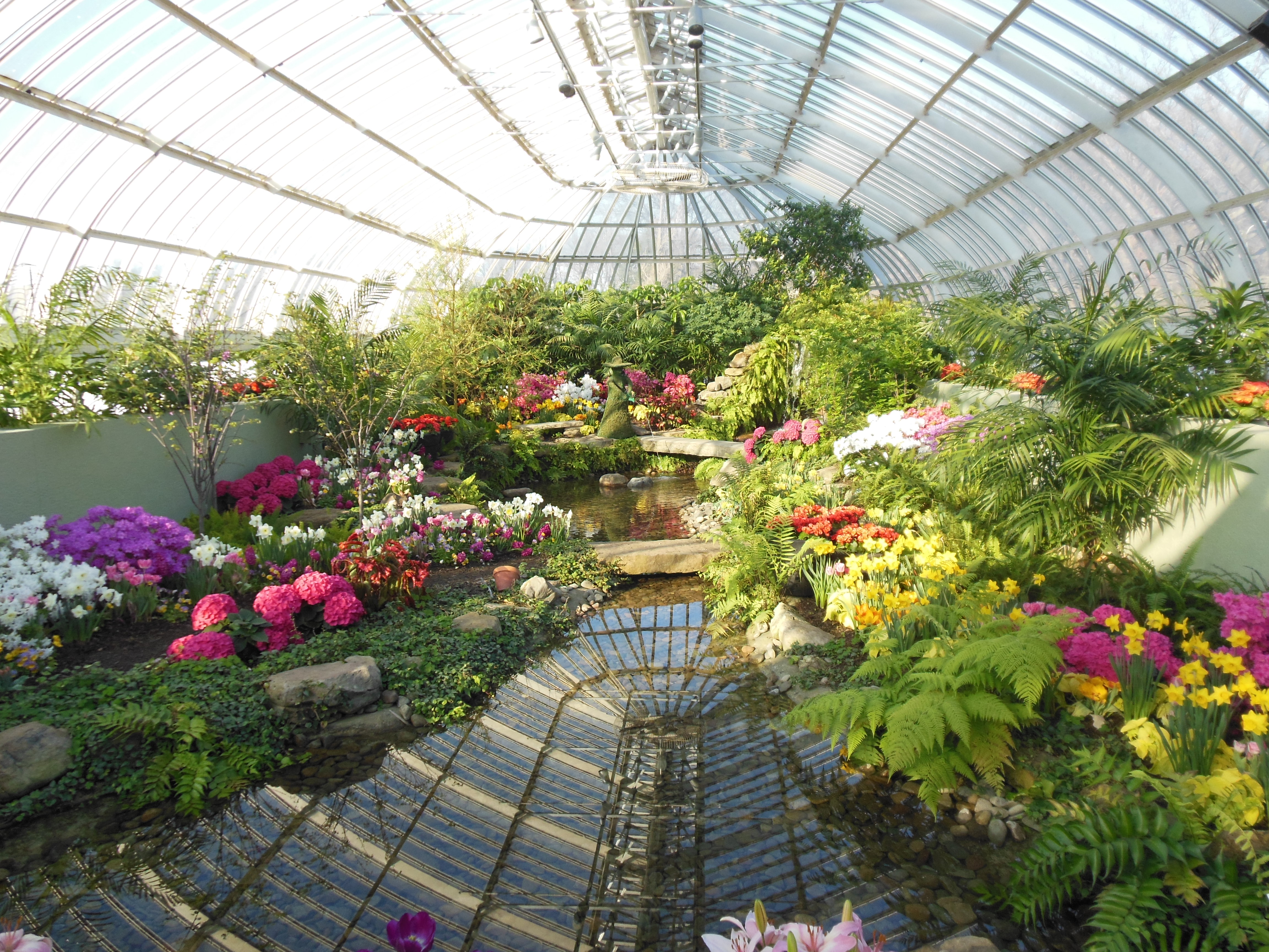Beau TThe Secret Garden Spring Flower Show, Phipps Conservatory
