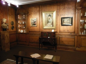 17th century English paneled room, Zanesville Museum of Art
