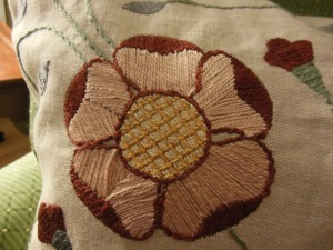 Detail of my Inglenook Textiles pillow