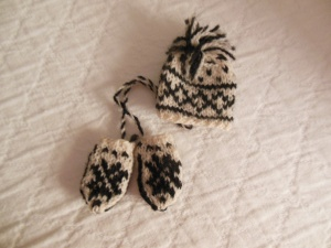 My tiny Selbuvotter mittens and hat from the Husfliden in Trondheim, Norway