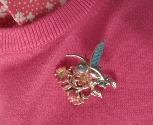 My vintage hummingbird pin