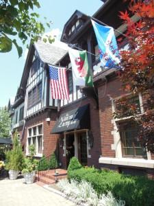 National Exemplar Restaurant, Mariemont