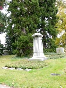 Gruen family monument, Spring Grove Cemetery