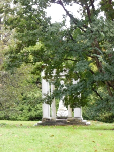 Louise Lawson's Origin of the Harp, Spring Grove Cemetery
