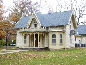 Finn House, Kenyon College