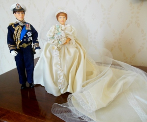 Peggy Nesbit dolls of Charles and Diana