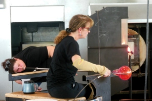 Glassblowing demonstration, Glass Pavilion, Toledo Museum of Art