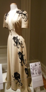 Dressing gown, Designing Woman: Edith Head at Paramount, 1924-1967, Decorative Arts Center of Ohio