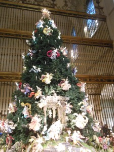 Angel tree, Metropolitan Museum of Art