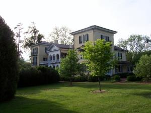 Sweet Briar House