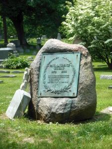 Paul Laurence Dunbar monument, Woodland Cemetery