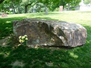 Erma Bombeck grave, Woodland Cemetery