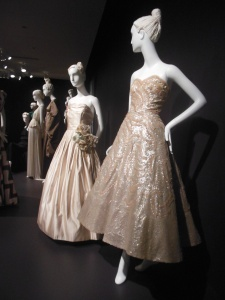 igh Style: Twentieth-Century Masterworks from the Brooklyn Museum Costume Collection