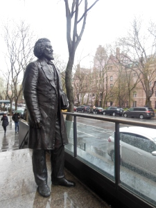 Frederick Douglass statue, New-York Historical Society